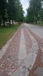 Kanske kommer trottoarstenarna på Karlsborgs fästning från Råbäcks stenhuggeri?